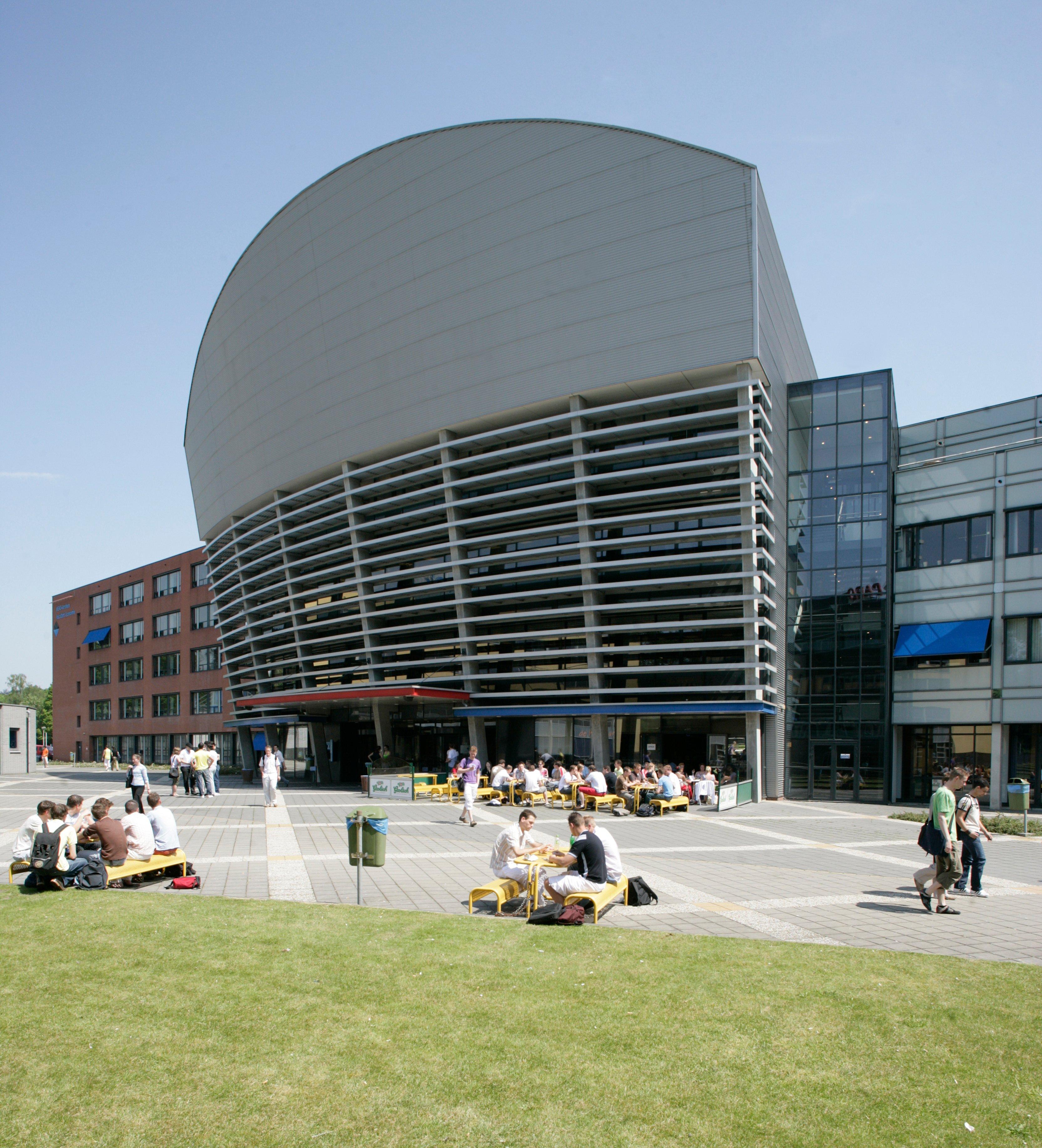 Arnhem_Business_School